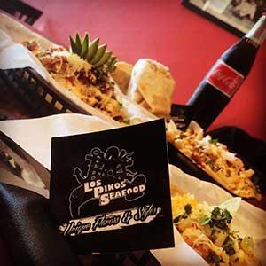 Los Pinos Seafood Logo and Food